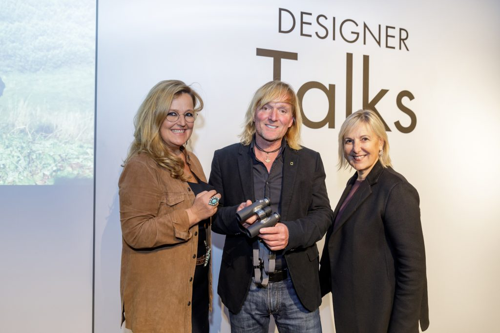 Carina Schiestl-Swarovski (CEO Swarovski Optik), Andreas Kieling und Carla Rumler (Cultural Director Swarovski) (von links)